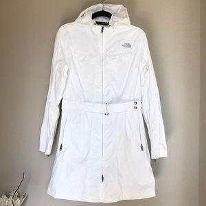 The North Face Waterproof hyvent belted Jacket M